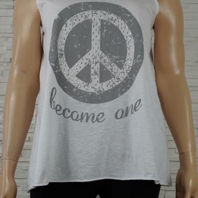 Tee-shirt peace à clous