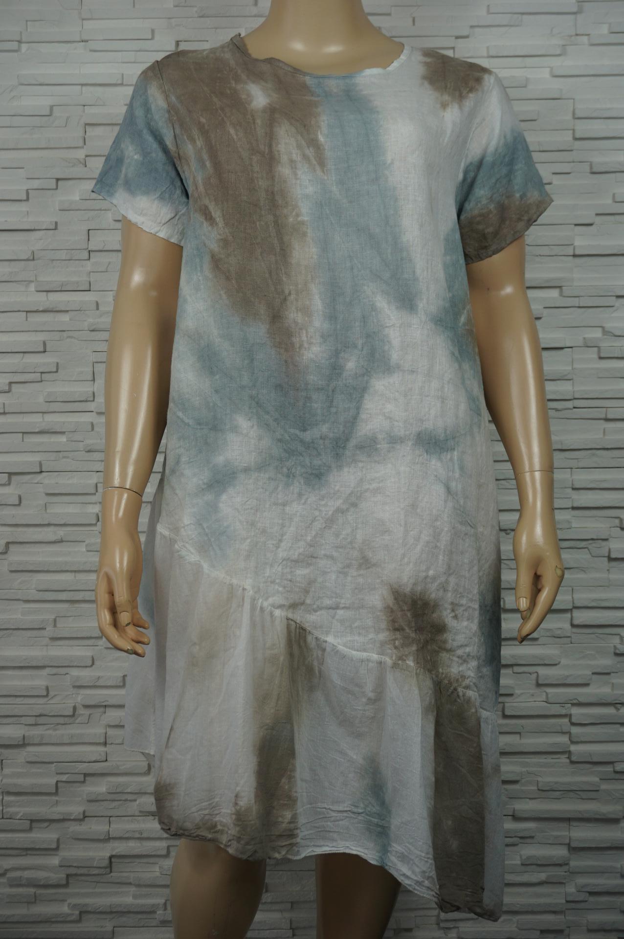 Robe longue en lin coton  tie and dye à volant.