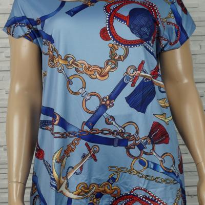 Tee-shirt imprimé foulard.