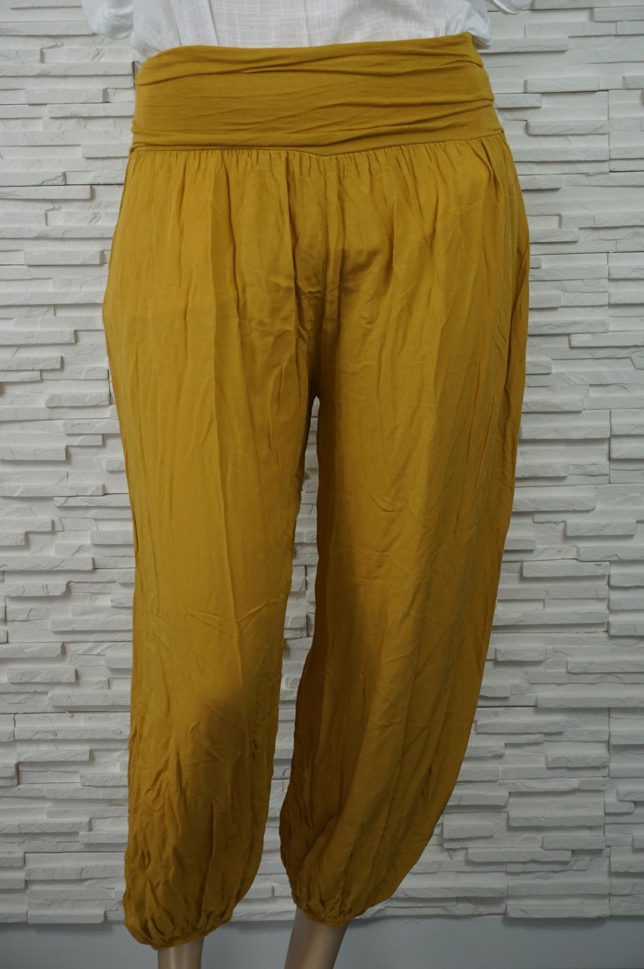 Pantalon sarouel léger extensible.