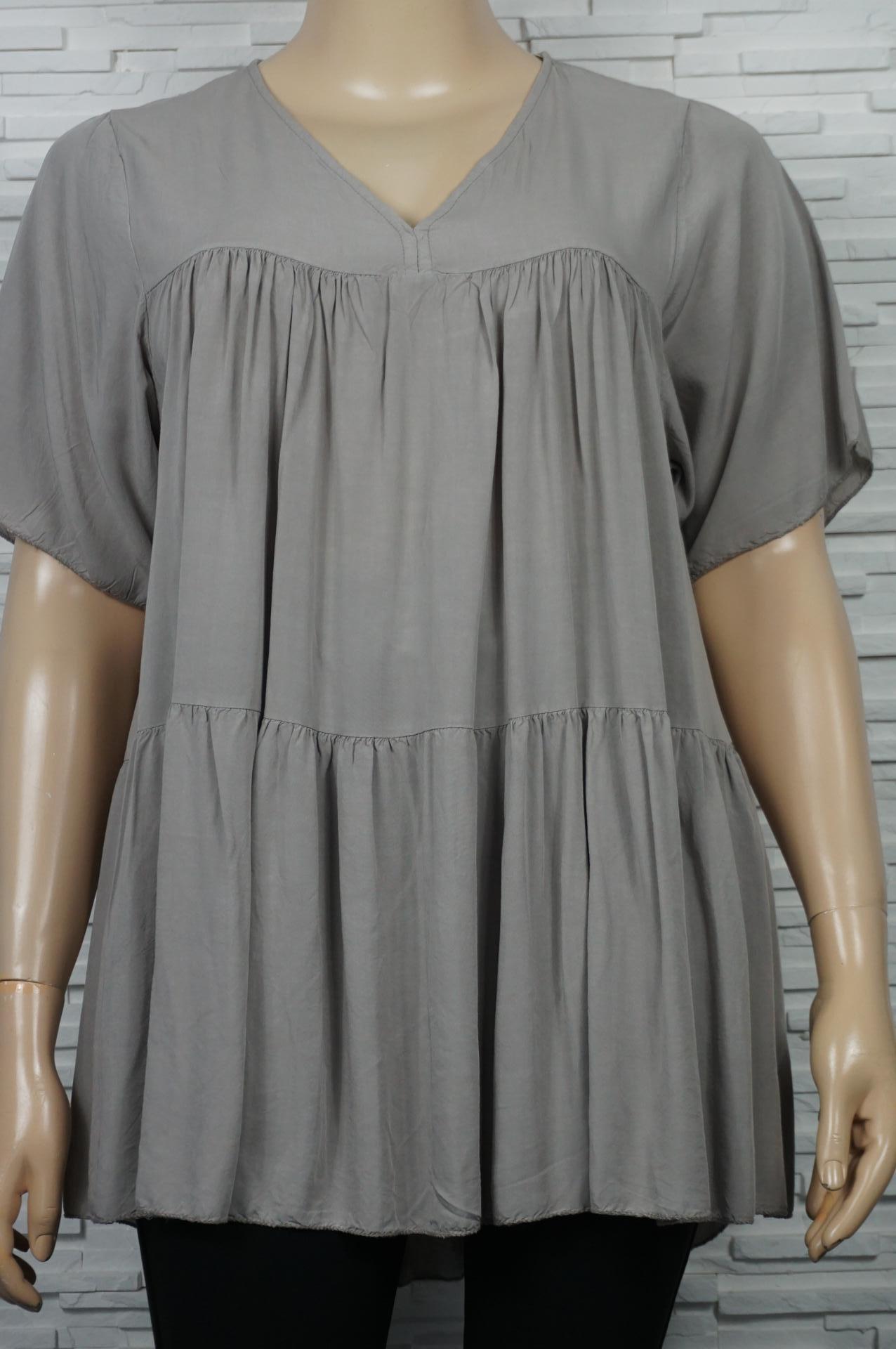 robe courte à volants