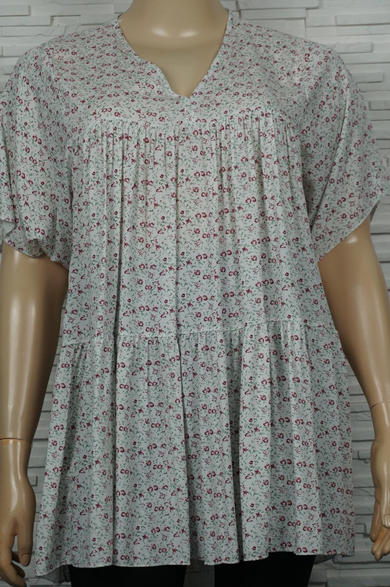 robe courte legère imprimé fleurie