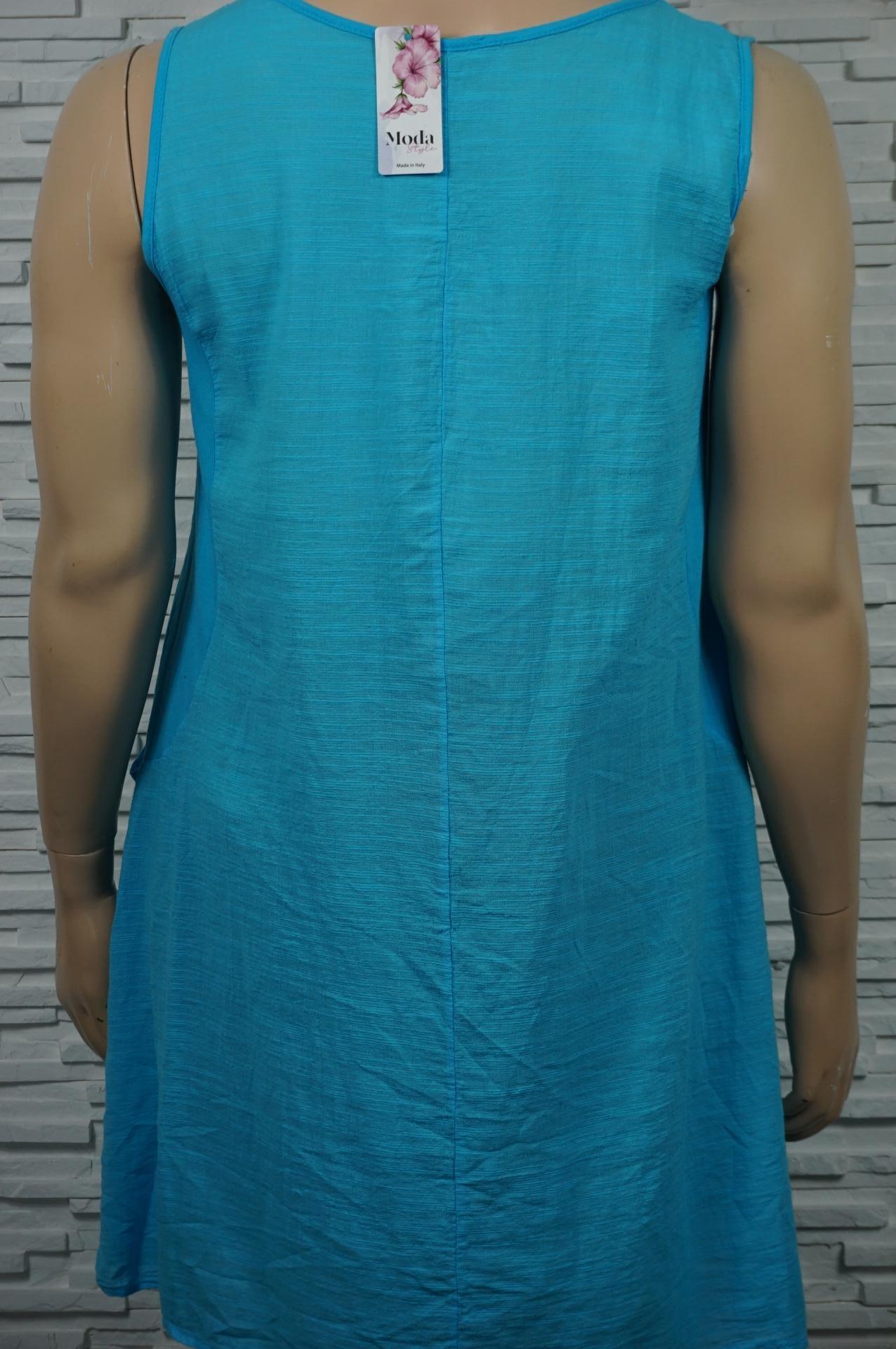 Robe coton sans manches extensible.