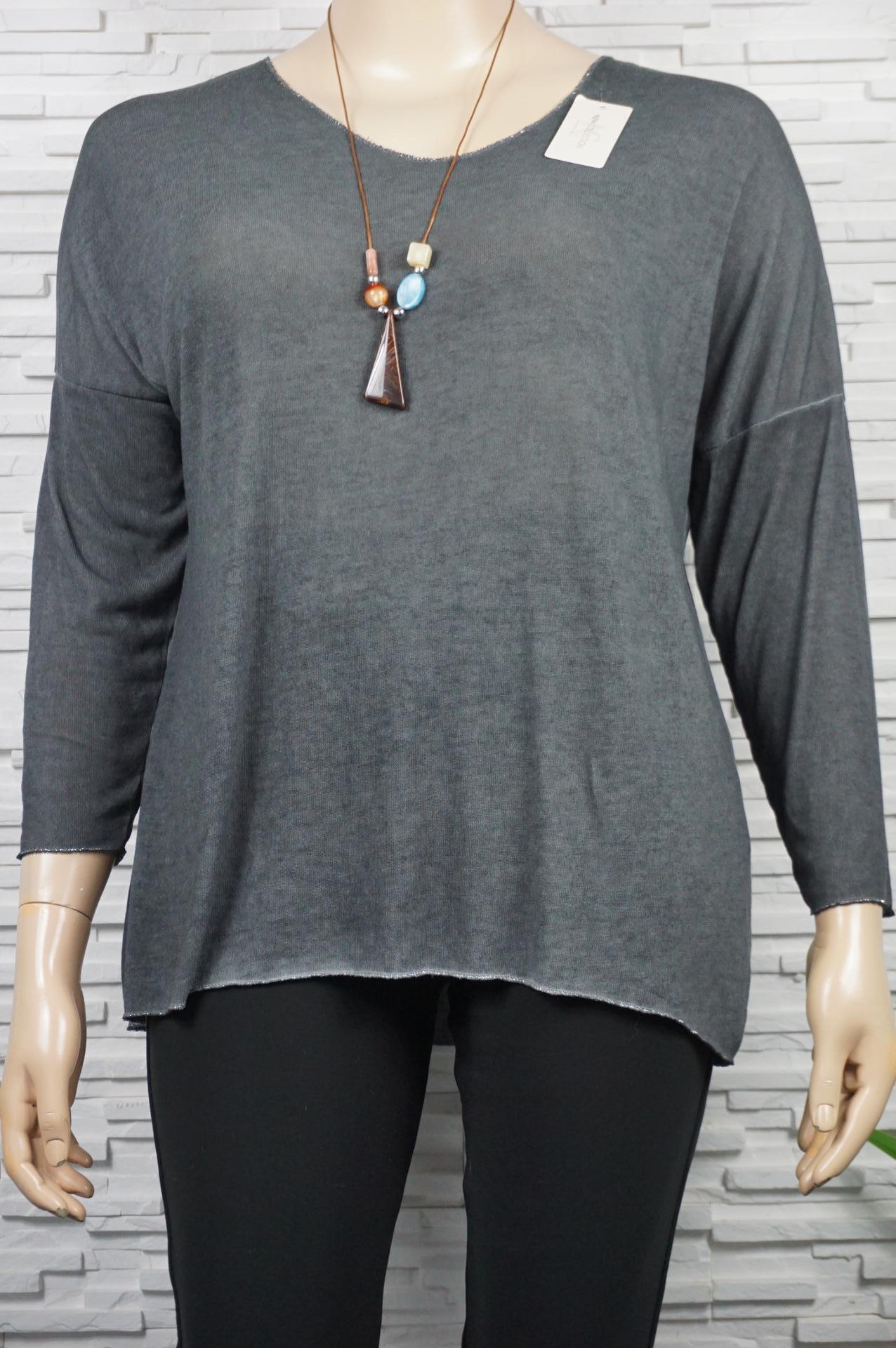 Tunique, t-shirt tie and dye uni avec collier.