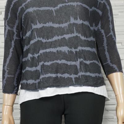 Tunique à faux chemise imprimé graphique.