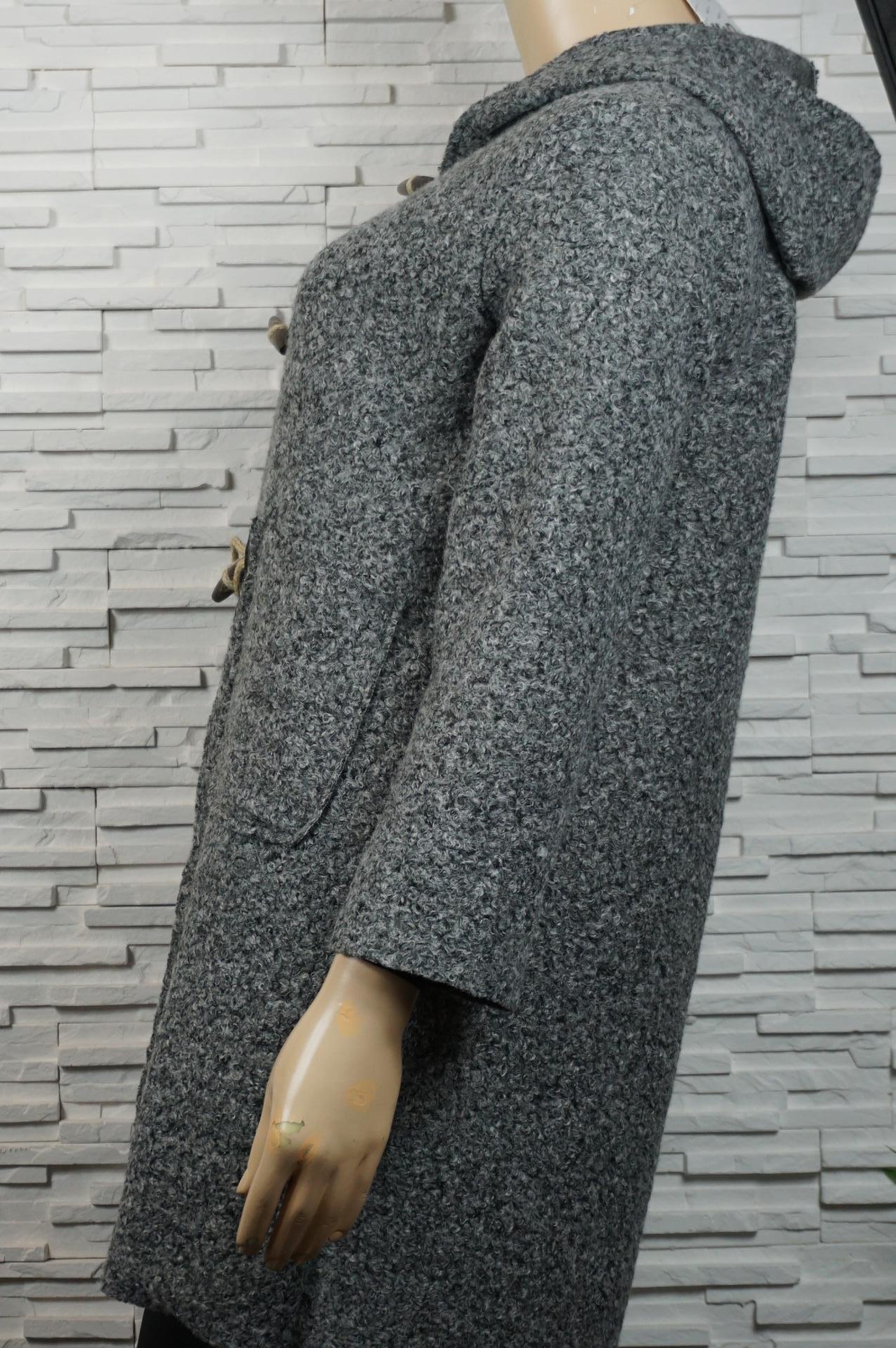 Veste, manteau 3/4 en laine bouillie,  bouton en bois.