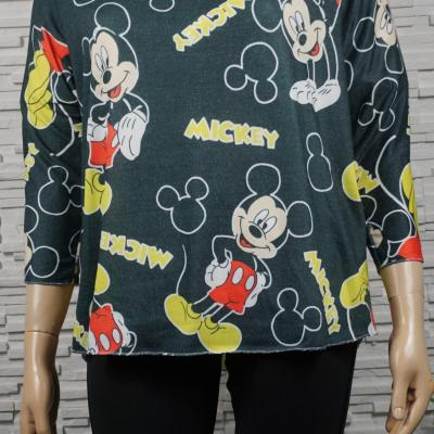 pull léger Mickey.