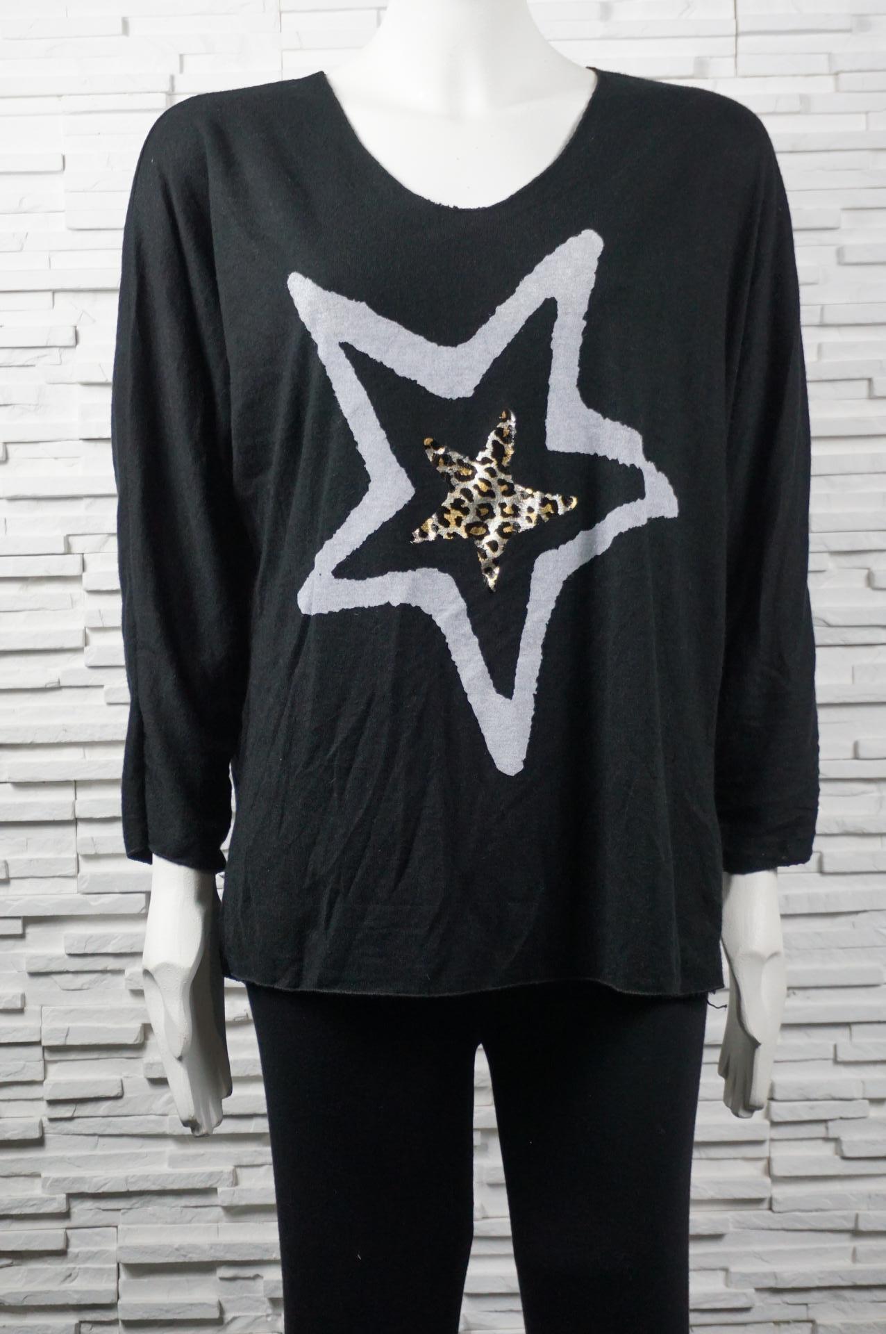 Pull léger en laine mélangé avec 2 étoiles.