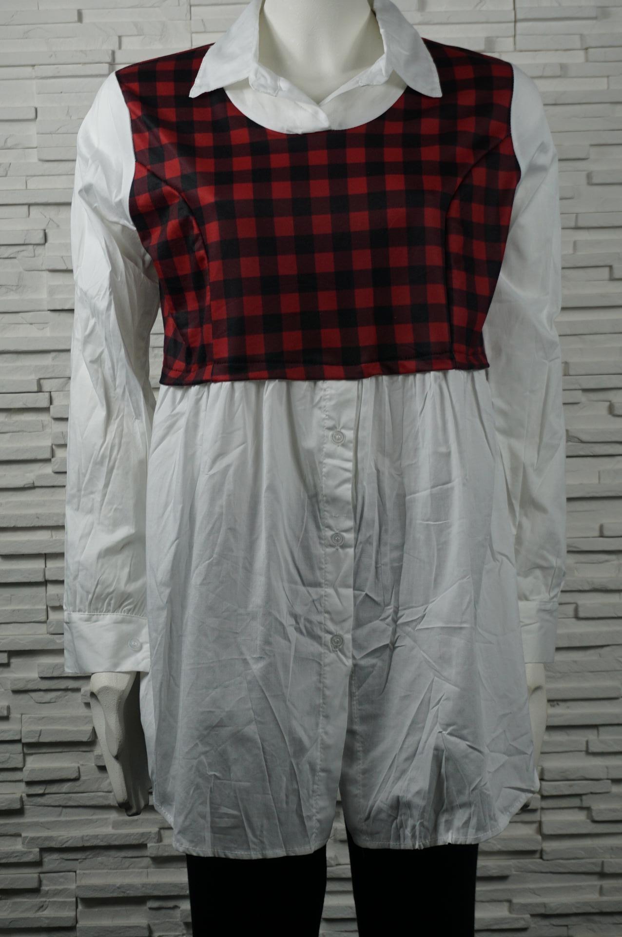 Chemise longue avec faux débardeur à carreaux.