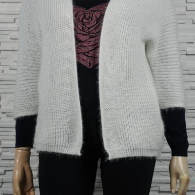 Gilet maille longs poils.