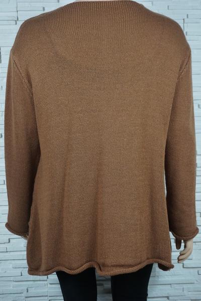 Pull tricote asymetrique rayures et torsade 309 5