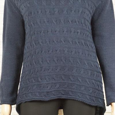 Pull tricote asymetrique rayures et torsade 309