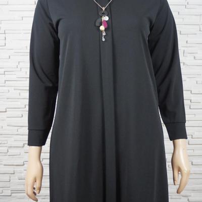 Robe avec col et collier1
