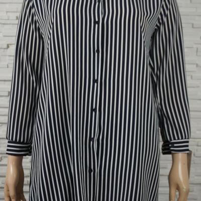 Robe chemise ouverte imprime e4