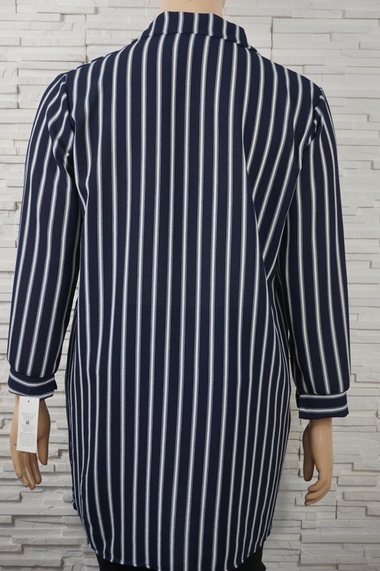Robe chemise ouverte imprime e6