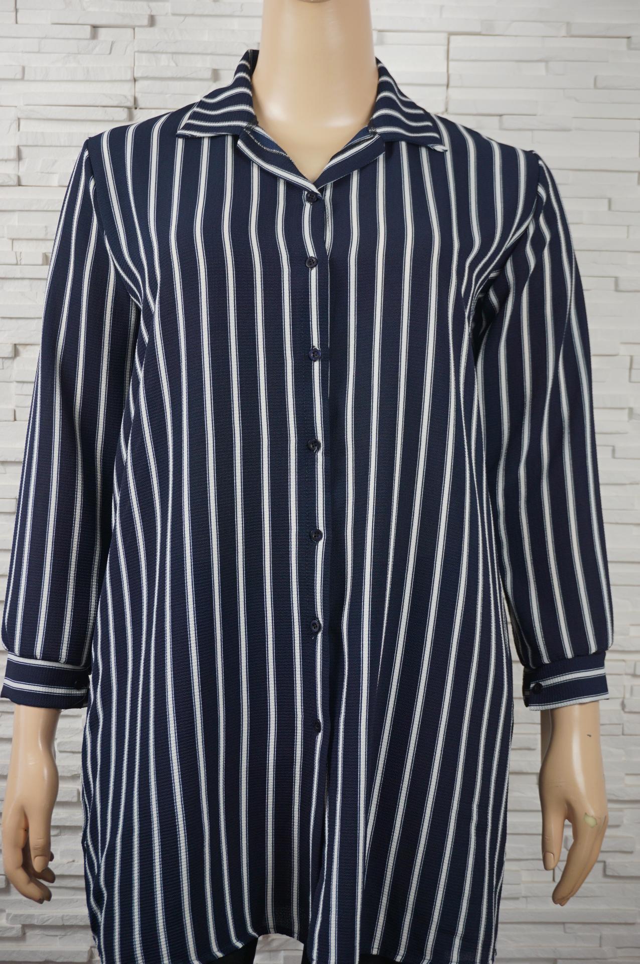 Robe chemise ouverte imprime e7