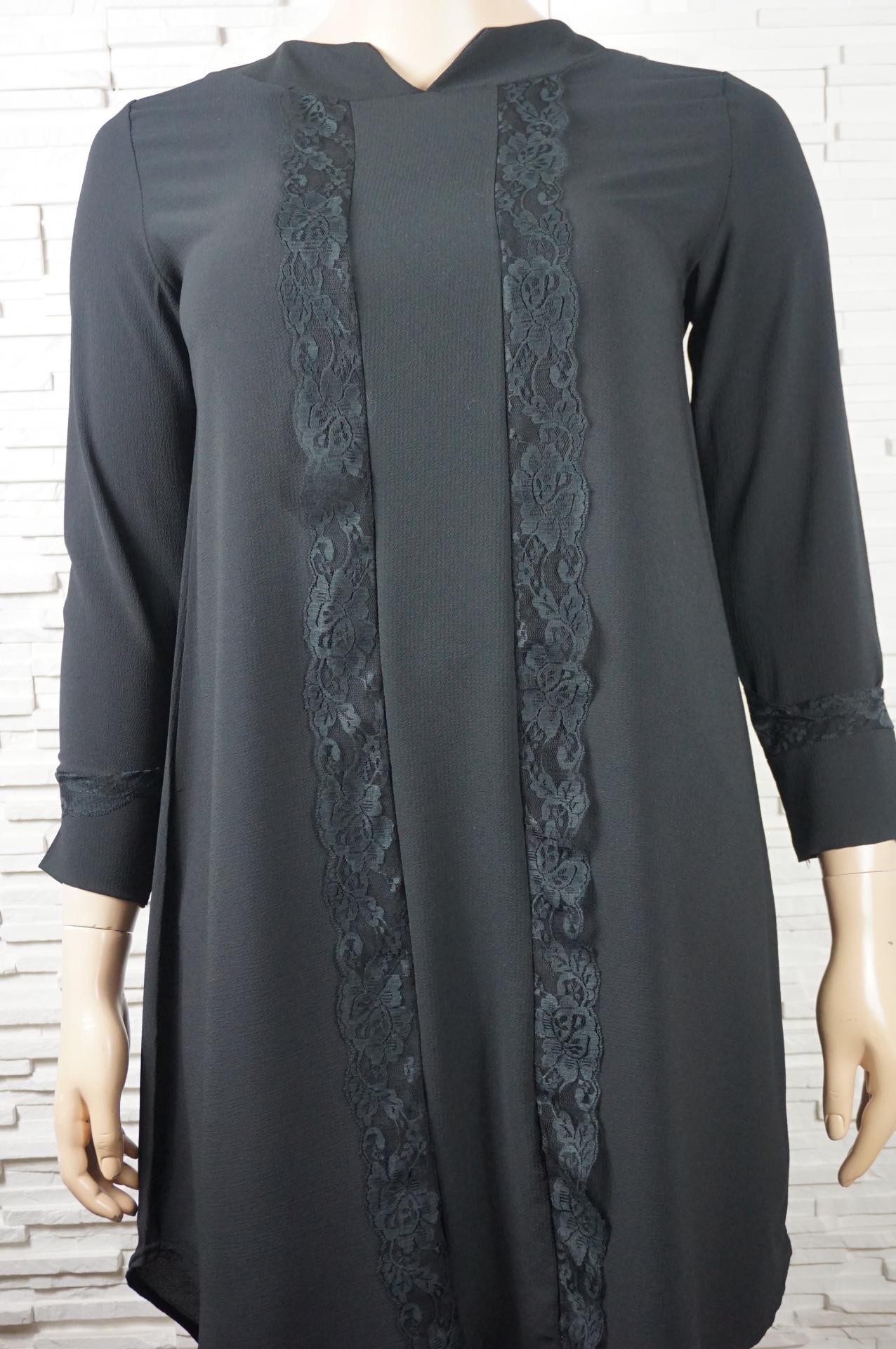 Robe longue avec dentelles1