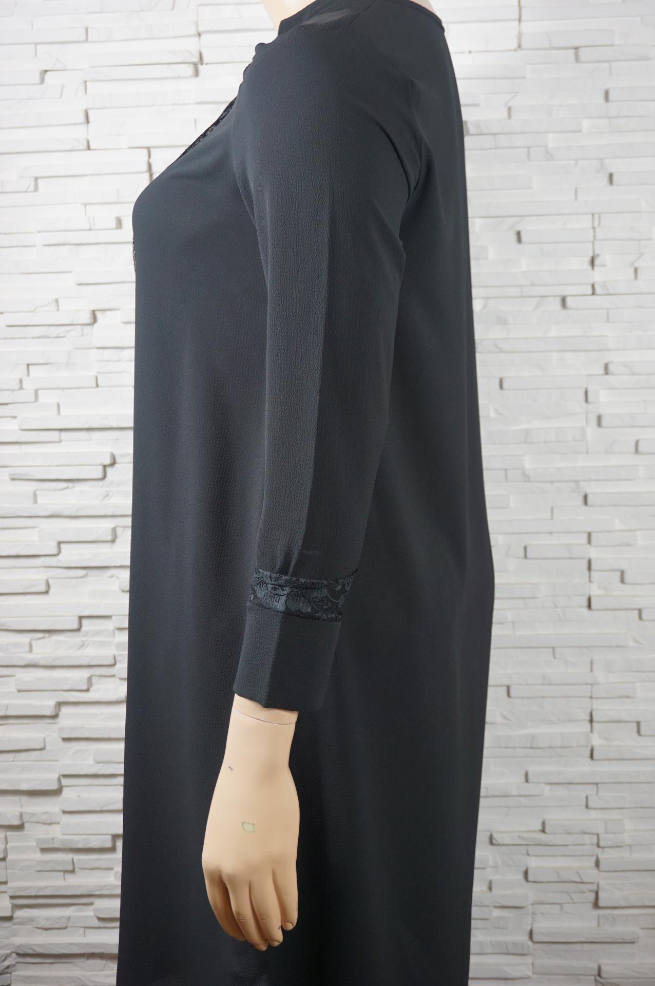 Robe longue avec dentelles2