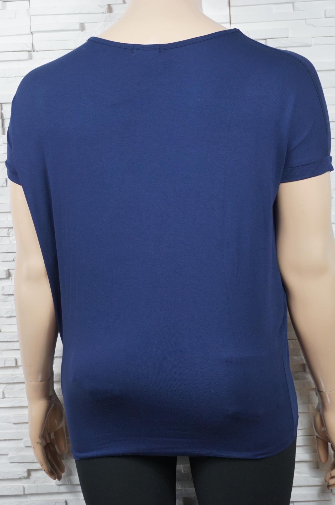 T shirt coton a fleurs en strass2