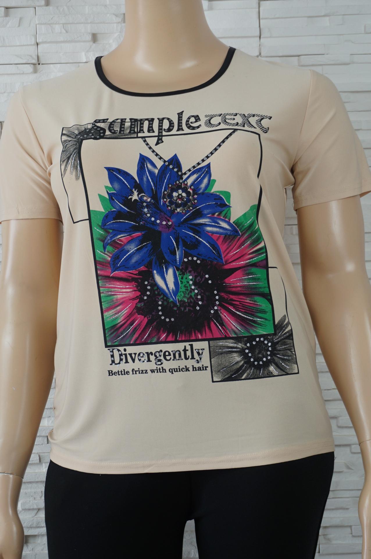 T shirt uni a fleurs3